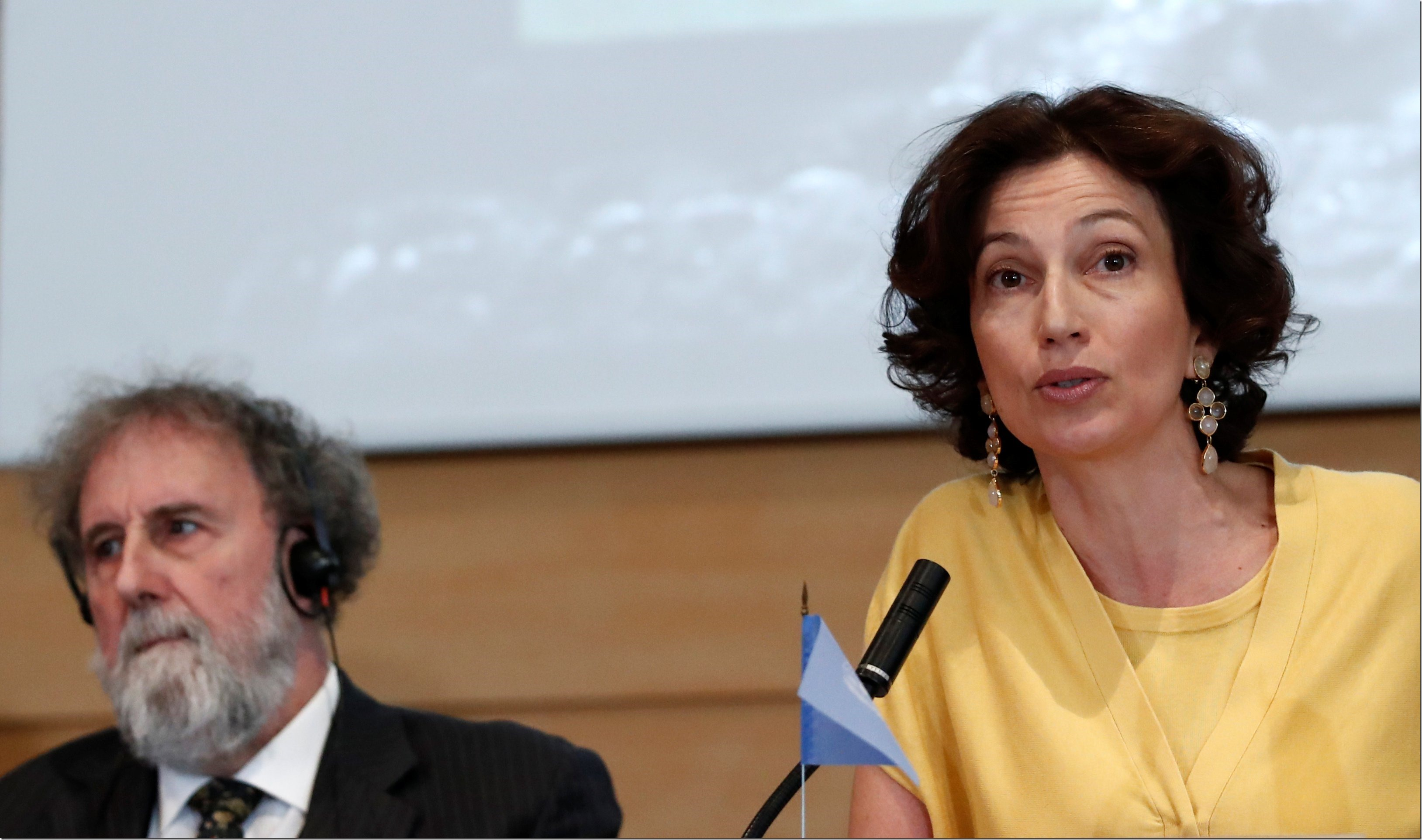Audrey Azoulay, Director-General of UNESCO and former IPBES Chair Robert Watson attend a news conference on the launching of a landmark report on the damage done by modern civilisation to the natural world by the IPBES at the UNESCO headquarters in Paris, France, May 6, 2019. REUTERS/Benoit Tessier