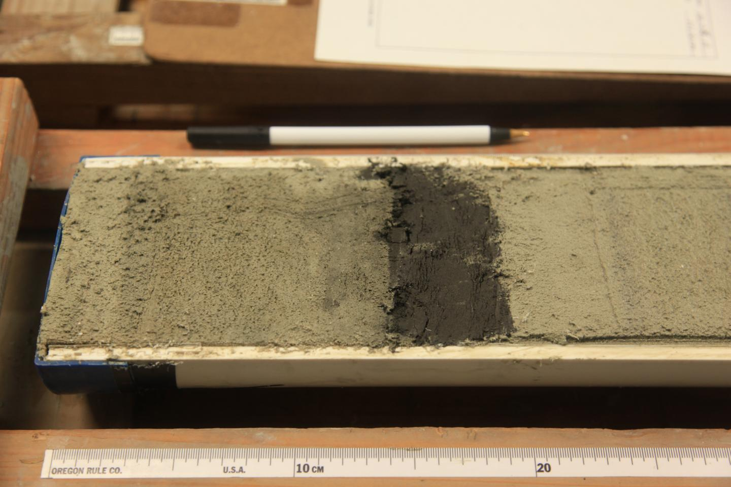 Study: Ancient ocean oxygen levels associated with changing atmospheric carbon dioxide
