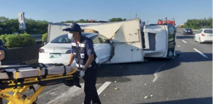 Taiwan Tesla Accident