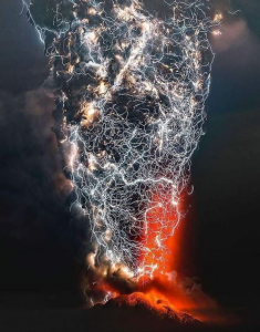 Volcano Lightning 2.png