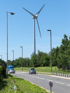 wind_turbine,_Green_Park,_Reading.jpg